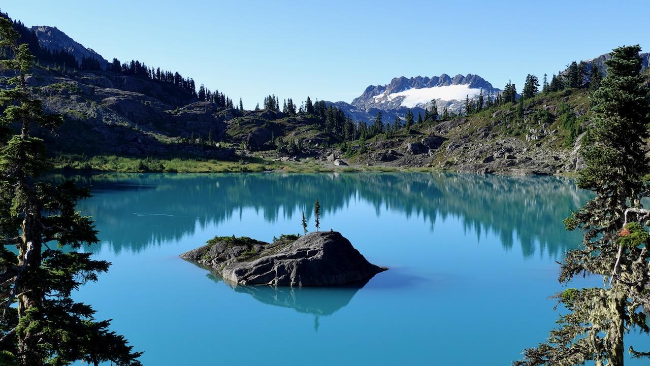 cream-lake-trail,-strathcona-park-bc.